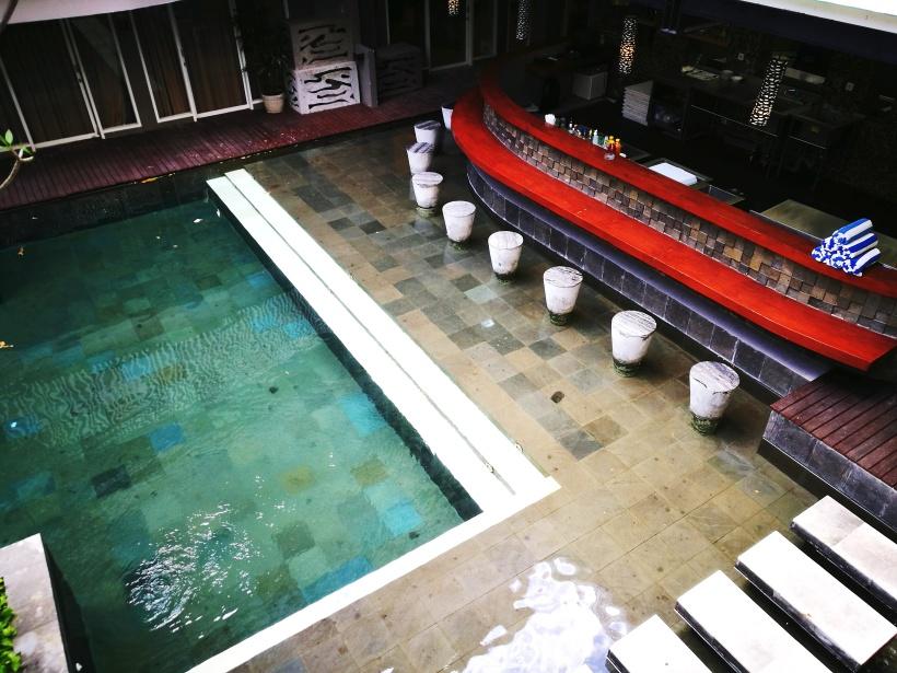 swimming pool-bar.jpg