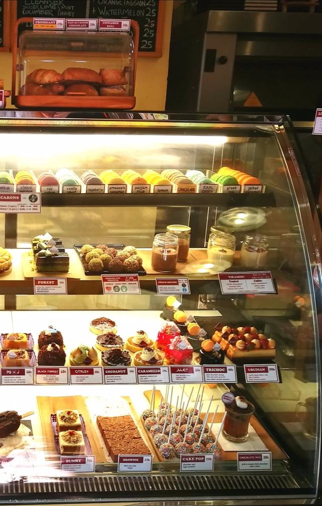 right-cakes.jpg