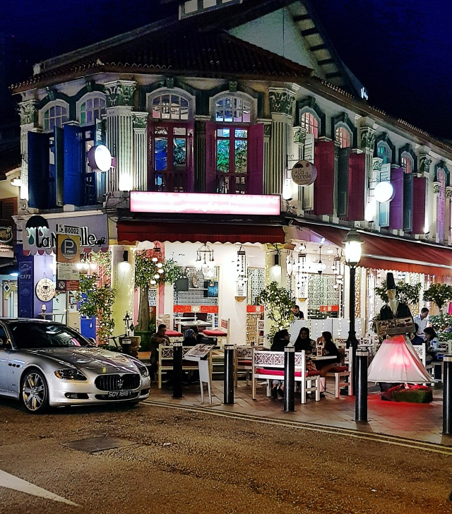 istanbul cafe.jpg